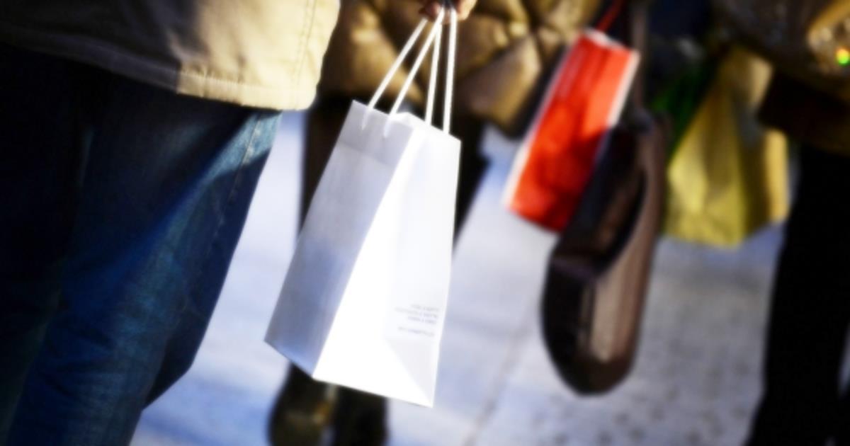 A maggio l'indice del clima di fiducia dei consumatori torna ad aumentare