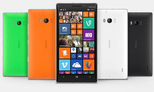 Microsoft alza bandiera bianca per gli smartphone