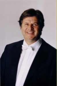 Palermo: I e II scuola viennese nel programma del concerto diretto da Günter Neuhold al Politeama...