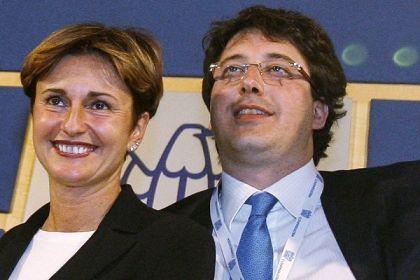 Donna Federica e Don Gianluca, storia di corrotti e abbandonati