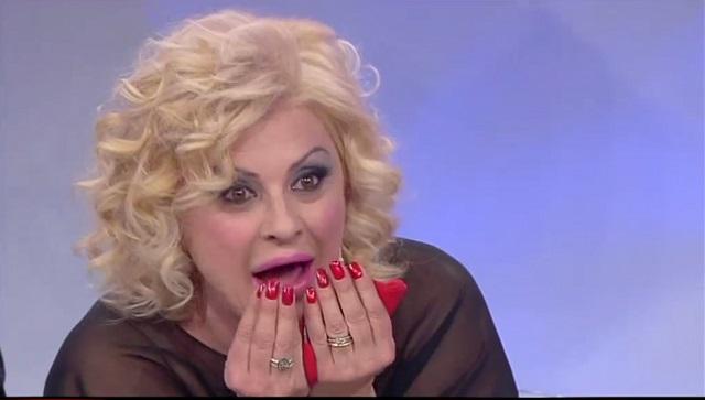"""Lory Del Santo su Pechino Express 2016: """"Tina Cipollari? Ha fatto la differenza"""""""