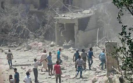 MORIRE ANCOR PRIMA DI NASCERE - attentato ad ospedale per partorienti in Siria