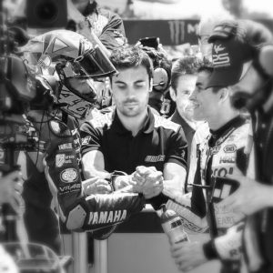 Gran Premio di Catalunya: un saluto a Luis Salome, la vittoria di Rossi e la sua stretta di mano con Marquez
