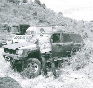 Nissoria. GdF e Forestale sequestrano area di 2250 Mq abusivamente destinata a raccolta di rottami
