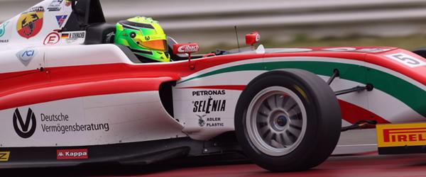 """Schumacher mattatore a Misano. Minardi """"Format molto apprezzato"""""""