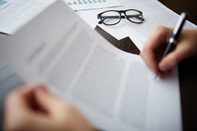 Il caso del mese: la banca fornisce al proprio cliente un contratto palesemente falso