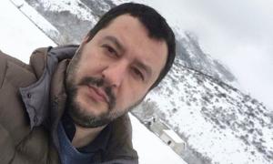 Bufera social contro Salvini: interviene anche Nina Moric