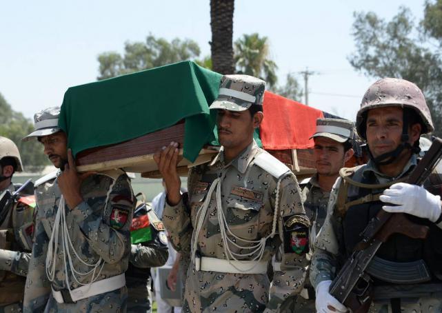 Afghanistan: Forze afghane e pakistane si scontrano lungo il confine uccidendo 3 persone » Guerre ne