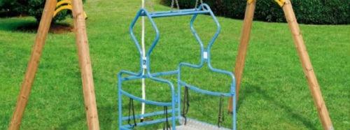 Enna: bambinopoli con altalene per bambini disabili