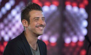 Francesco Gabbani in un film di Rocco Siffredi?