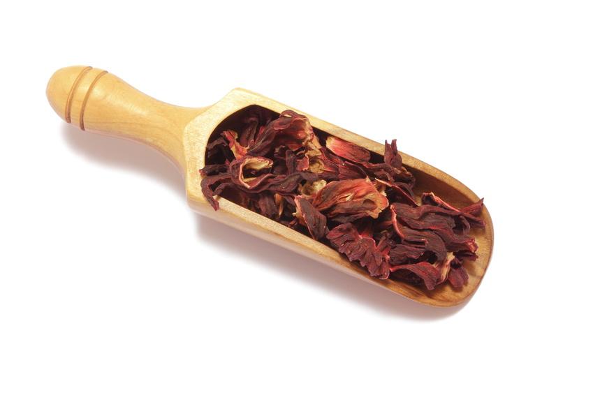 Dissetante e diuretica, la bevanda ottenuta dai fiori dell'Ibisco aiuta a contrastare l'ipertensione