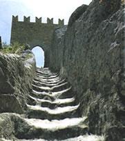 Da 30 mesi chiuso il castello di Sperlinga, circa 57 mila euro per i lavori, ma quanti se ne sono...