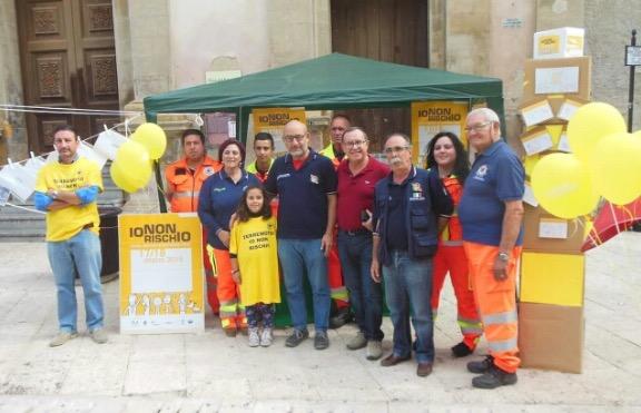"""Cosa fare prima, durante e dopo un terremoto? – campagna """"Io non rischio"""" a Castelvetrano"""