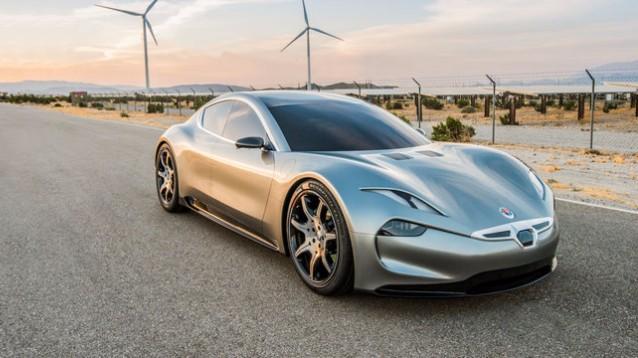 Fisker EMotion, supercar elettrica da 240 km/h, con ricarica in 10 minuti