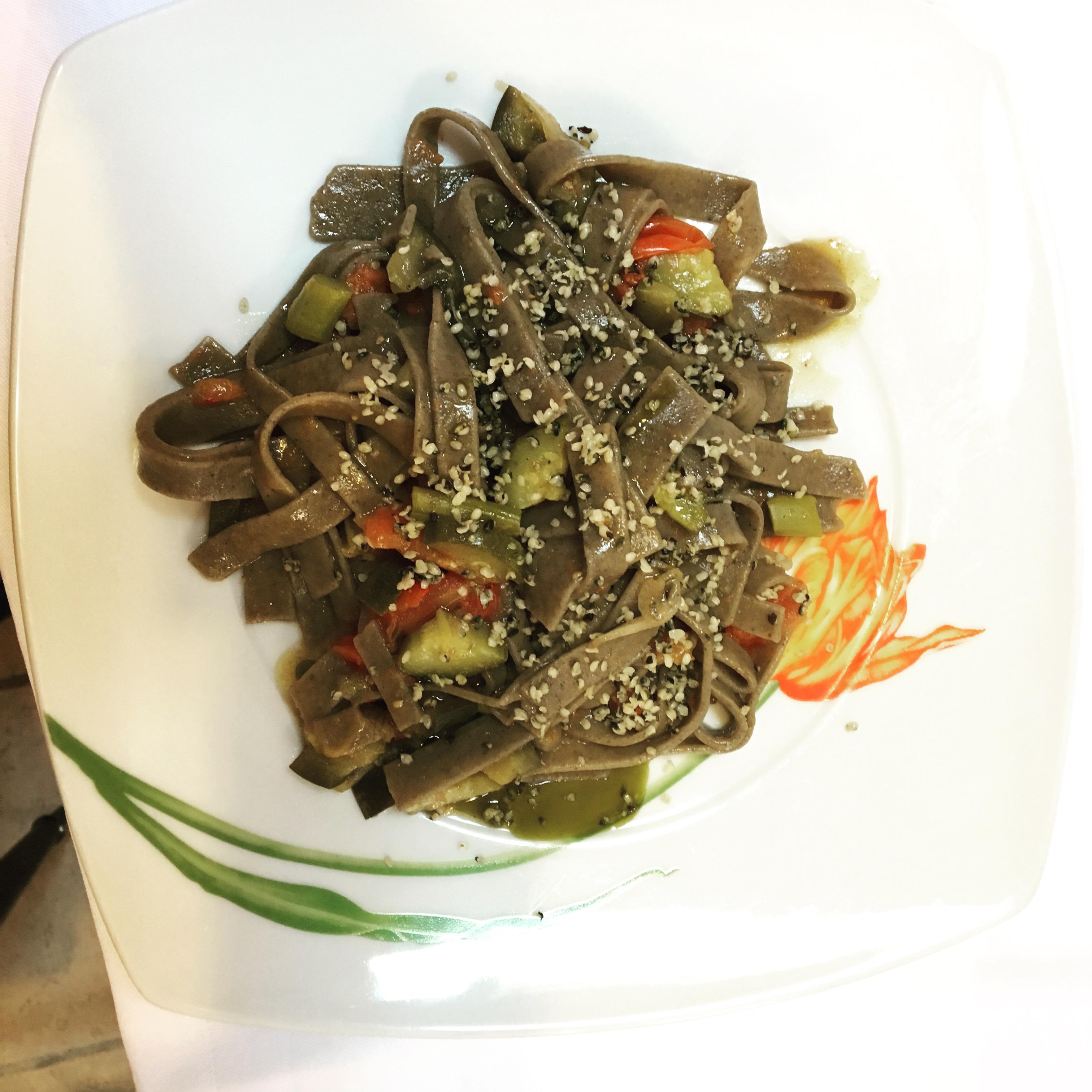 Ricetta con Canapa : Tagliolini e Verdure