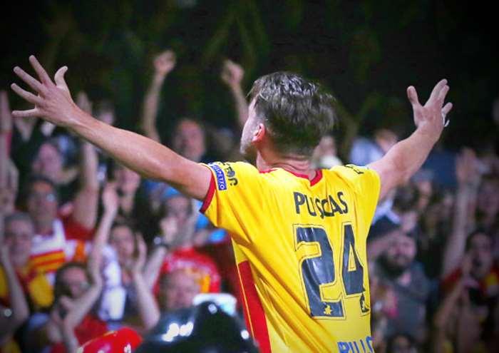 Il Benevento vince 1-0 sul Carpi e raggiunge Spal e Verona in Serie A