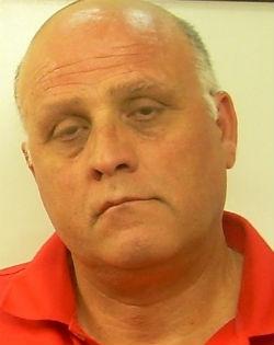 Leonforte. Scarcerato da meno di due ore arrestato nuovamente per detenzione clandestina di armi