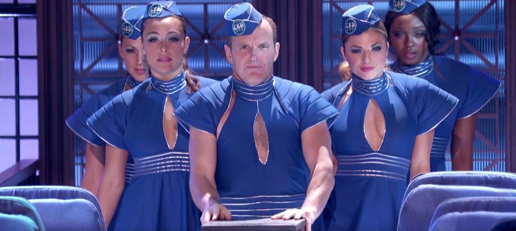 L'Agente Coulson diventa Britney Spears nella Lip Sync Battle