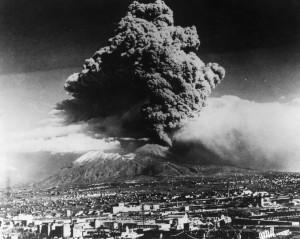 20 marzo 1944: L'ultima eruzione del Vesuvio raggiunge la massima potenza