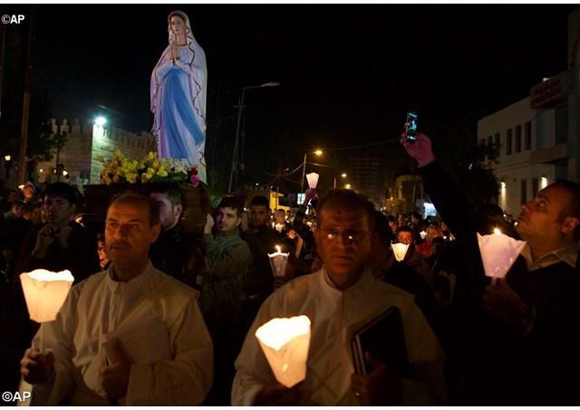 Iraq: statue di Lourdes al posto di quelle distrutte
