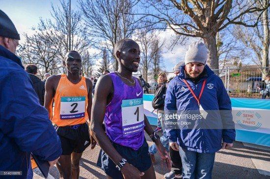 Risultati Maratona di Roma 2016: vincono Amos Kipruto e Rahma Tusa, la cronaca della gara