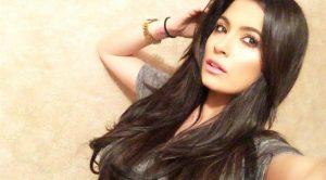Alessia Macari hackerato il suo profilo Facebook: rischio foto hot?