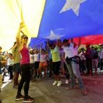 Venezuela: oltre 7 milioni alle urne contro Maduro