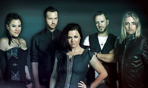 Tornano gli Evanescence con l'album 'Synthesis', il video-annuncio di Amy Lee