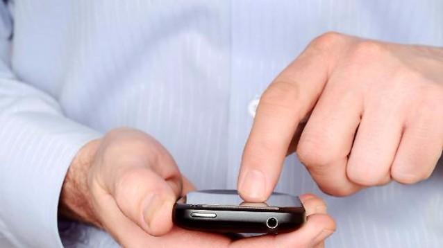 Hai vinto un'iPhone. Clicchi, e ti arriva un virus, o una truffa