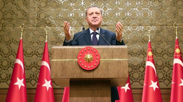 Turchia: al referendum, passa il sì per il super presidenzialismo