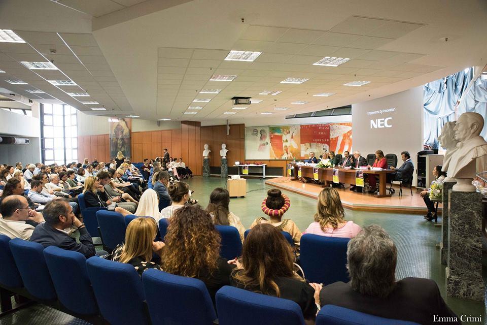 Bullismo e Cyberbullismo al Tribunale di Napoli, l'interessante convegno suscita l'interesse di tanti giovanissimi e media