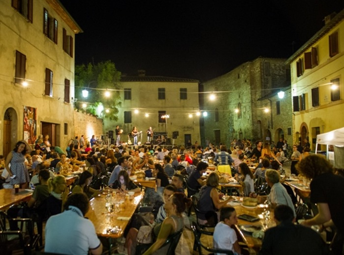 Dal 18 al 20 agosto ad Asciano, Siena, la settima edizione di Altraterra